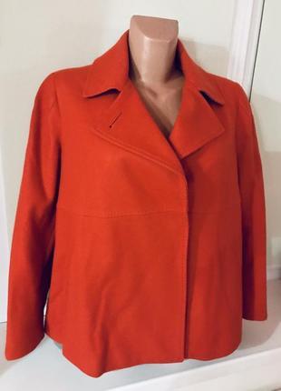 Роскошное фирменное кашемирово-шерстяное пальто невероятного трендового цвета🧶💥☄️