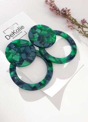 Большие круглые зеленые серьги из акрила