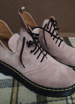 Замшевые ботинки, туфли