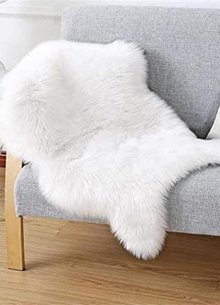 Коврик из искусственного меха белый, овчинна