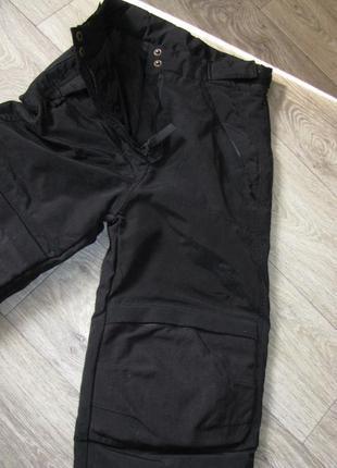 Лыжные штаны с защитой коленей зимние теплые р. 140 см 9-10 лет