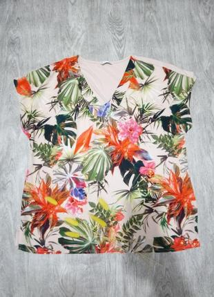 Блуза футболка в тропичный принт