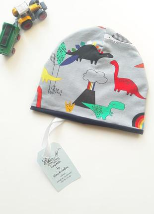 Шапка бини с динозаврами