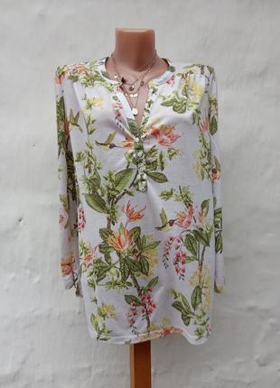 Легкий трикотажный лонгслив в принт цветы,колибри,блуза.