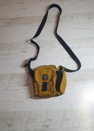 Маленькая сумочка на плече kipling  sale