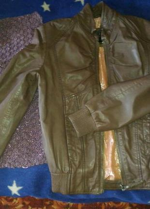 Куртка кожанная guess