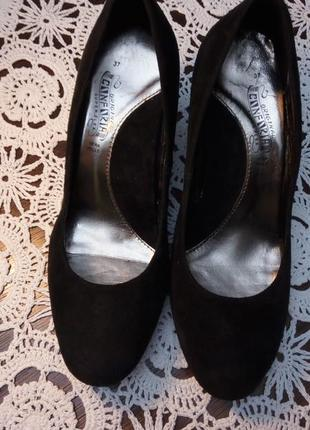 Туфли  замшевые итальянские 37 размера
