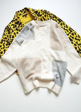 Красивый свитер от george