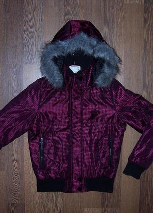 Крутецкая куртка еврозима/деми в клетку черно-малиновую