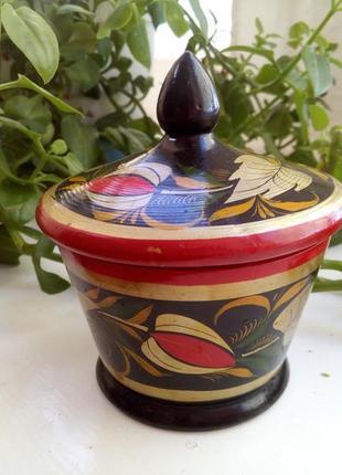Шкатулка ссср деревянная с ручной росписью хохлома кадушка