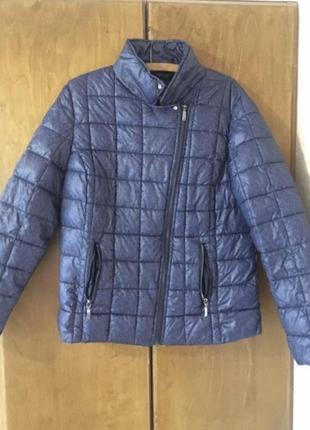 Синяя весенняя куртка