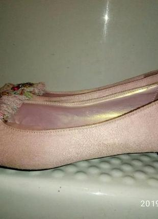 Нежные туфельки 38р