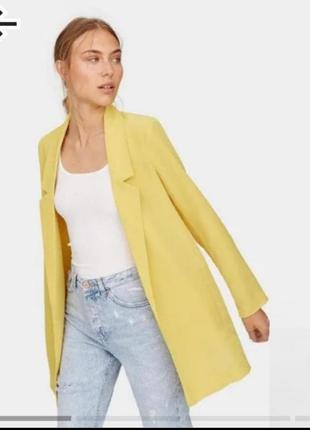 Яркий пиджак жакет жёлтый от stradivarius m