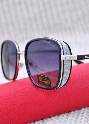 Красивые солнцезащитные женские очки с боковой шорой в стиле jimmy choo
