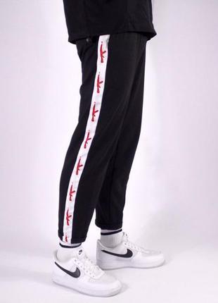 Штаны спортивные с лампасами . ак-47 штаны мужские