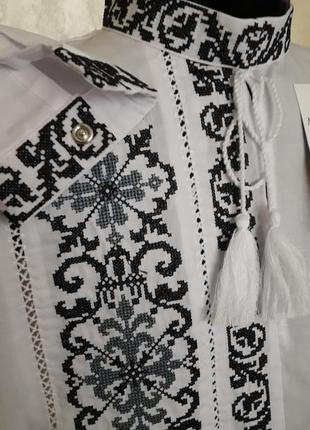 Ексклюзивна вишиванка для маленького модника(сіро-чорна вишивка)на сорочковій тканині3 фото