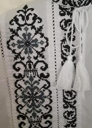 Ексклюзивна вишиванка для маленького модника(сіро-чорна вишивка)на сорочковій тканині4 фото