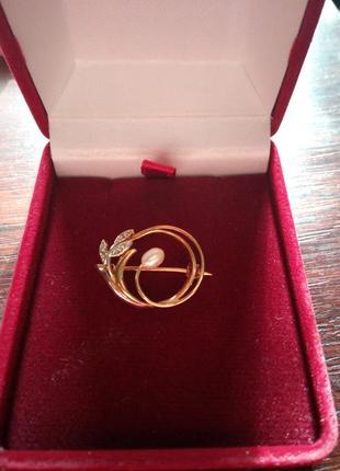Шикарная брошка золото + 3 брилианта + жемчуг