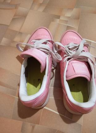 Кожаные кроссовки reebok.6 фото