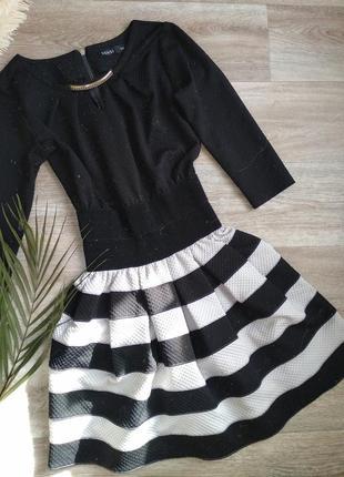 Платье чёрное в полоску