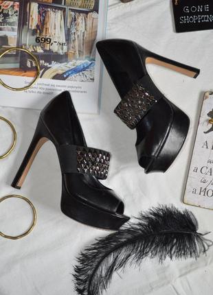 Трендовые актуальные туфли дорого бренда vince camuto