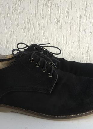 Замшевые туфли 43р. индия.