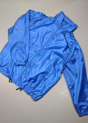 Куртка-рюкзак, ветровка с рюкзаком. дождевик