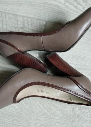 Кожаные туфли 36-37(на 23,5 см)