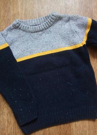 Модный красивый свитер на мальчика на рост 92-982 фото