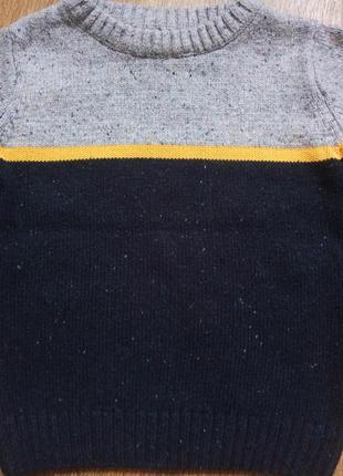 Модный красивый свитер на мальчика на рост 92-983 фото