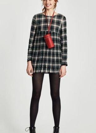 Короткое платье с шортиками zara