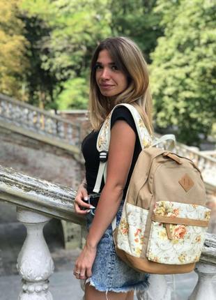 Городской повседневный женский рюкзак . качественный пошив. неприхотлив в уходе.