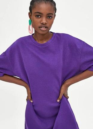 Zara платье повседневное свитшот фиолетового цвета