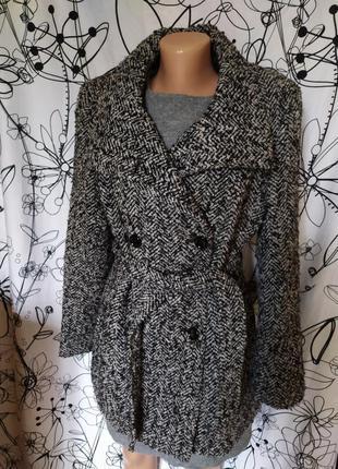 Весеннее демисезонные пальто как валяное 40%шерсть