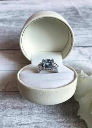 Серебряное кольцо 925 пробы размер 16