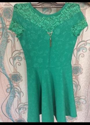 Платье короткое зеленое