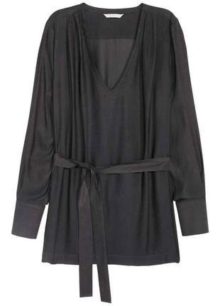 Легкая блуза от h&m с поясом