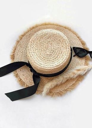 Солом'яний капелюх з невеликими полями • соломенная шляпа