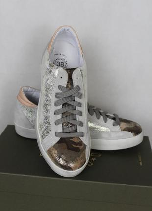 Продам кожаные женские кроссовки 39р. италия civico38 военная тематика