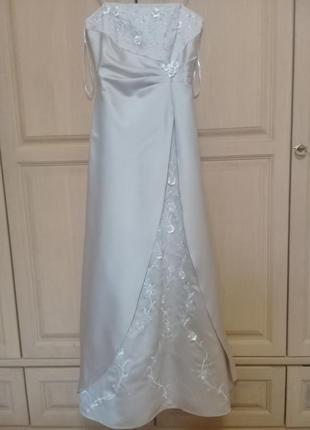 Вечернее (выпускное, свадебное) бежевое платье, сша