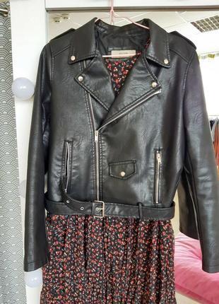 Куртка косуха из экокожи с ремнем черная косуха жіноча косуха чорна куртка косуха7 фото