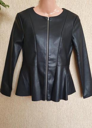 Куртка, пиджак приталенного силуэта с баской just be you by lisa riley, эко кожа
