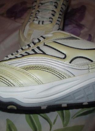 Кроссовки для фитнеса доя спорта