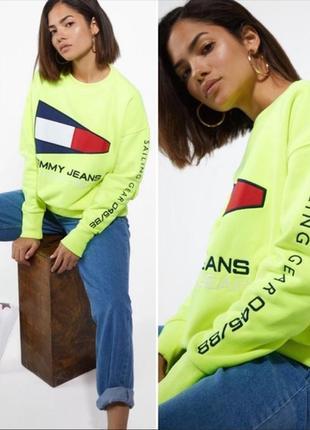 Невероятно привлекательный свитшот оверсайз tommy hilfiger sailing gear neon sweatshirt
