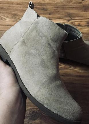 Демисезонные замшевые ботинки размер 37/4