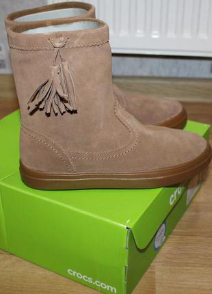 Crocs women´s lodge point suede pull-on winter boot