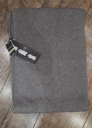 Однотонный серый шарф унисекс