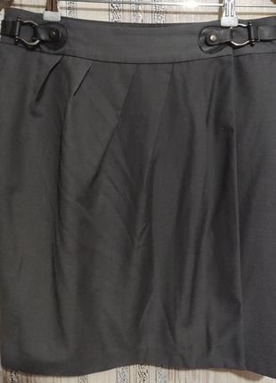 Серая юбка с запахом