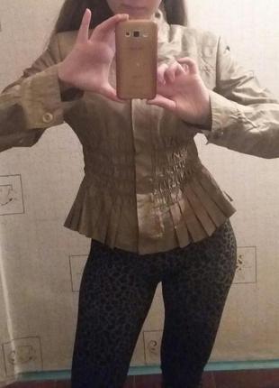 Куртка с баской