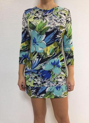 Платье вискоза m